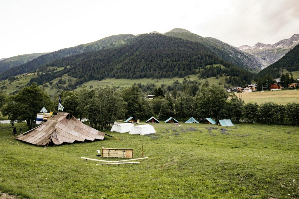 Dies ist ein Zelt